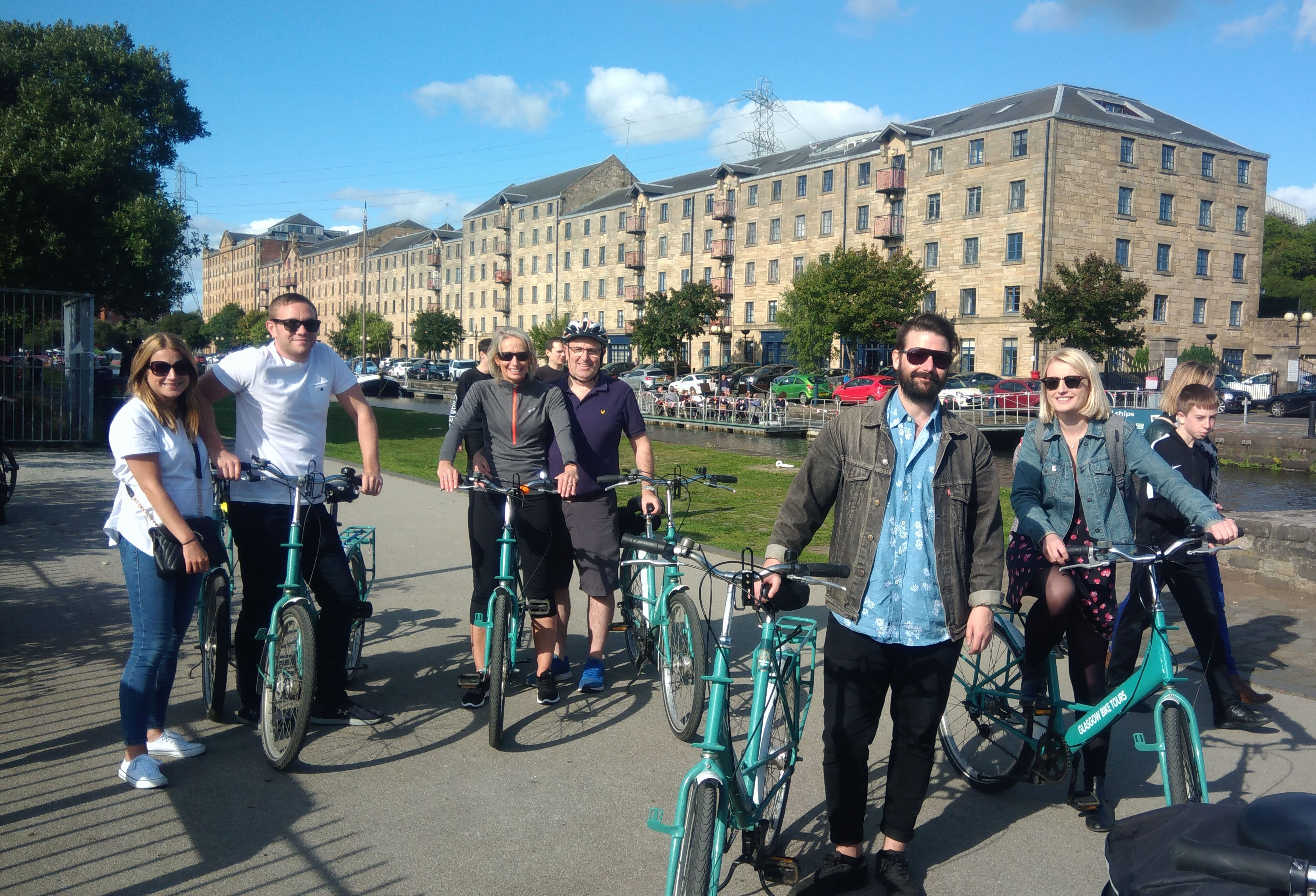 Sightseeing bike tours in Glasgow at Speirs Wharf